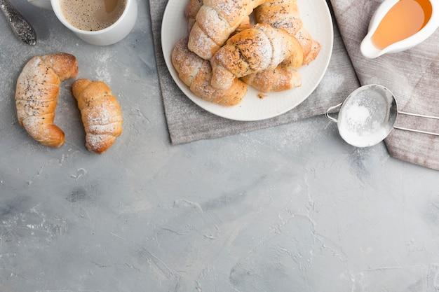 Marco plano de croissants