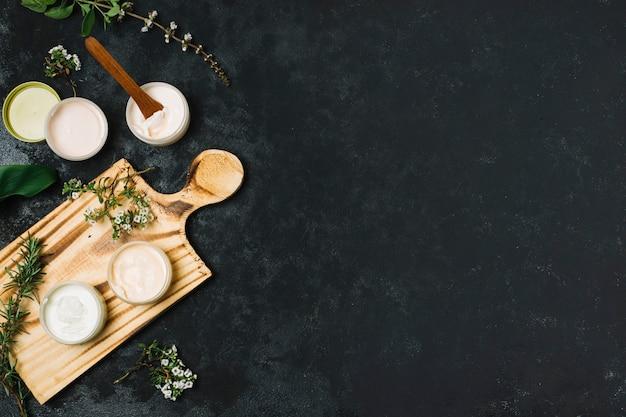 Marco de productos de aceites de oliva y coco