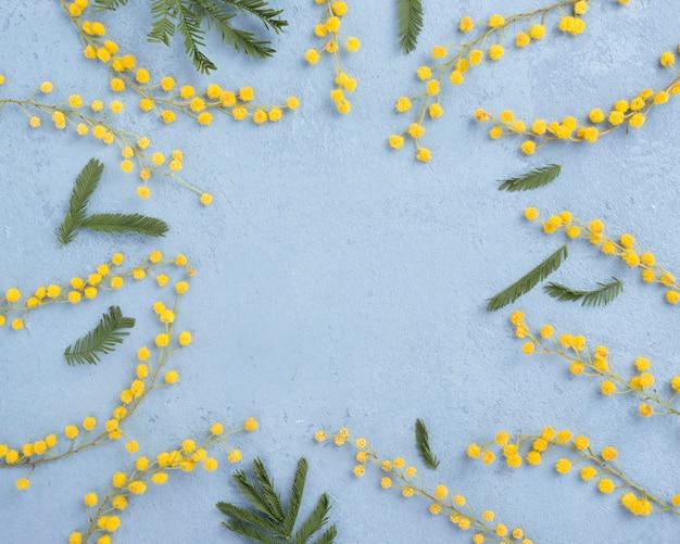 Marco de ramas de flores