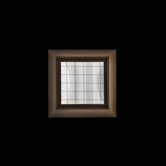 Marco de ventana de madera sobre fondo negro