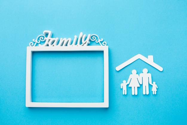 Marco de vista superior y concepto de figura familiar