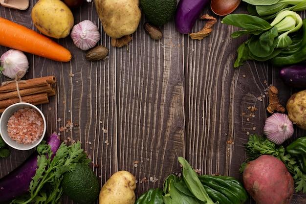 Marco de vista superior de mezcla de verduras