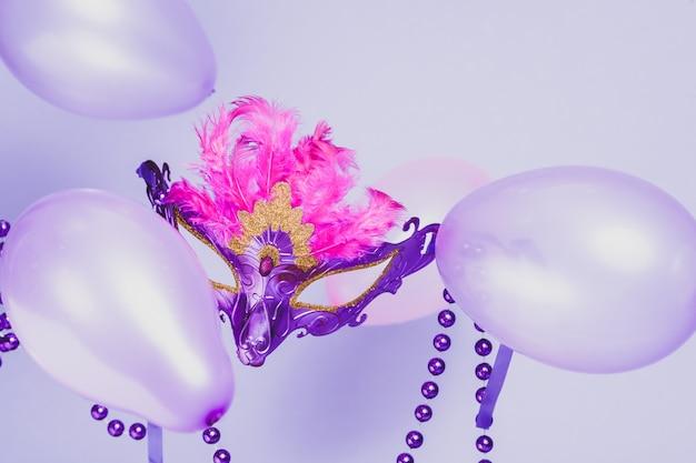 Mardi gras púrpura