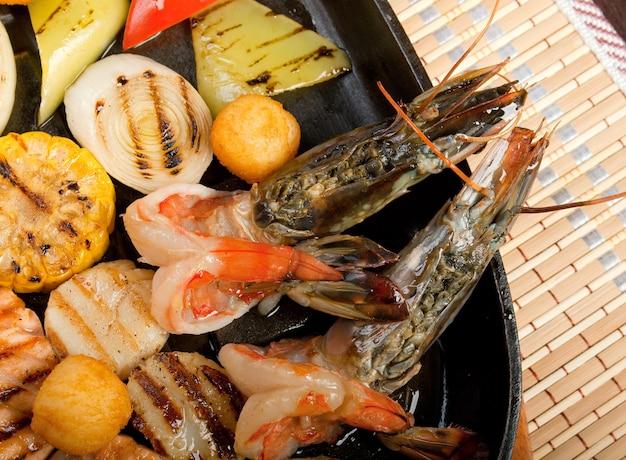 Mariscos con verduras, cocina china