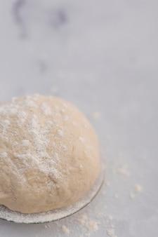 Masa de pan de alto ángulo