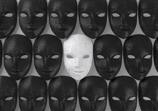 Máscara blanca sonriente entre máscaras negras