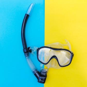 Máscara de snorkel en primer plano