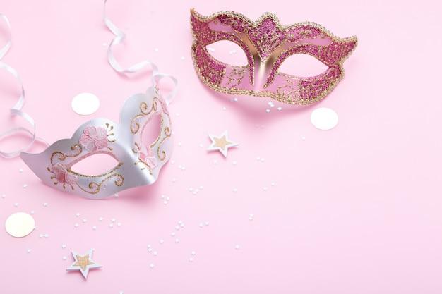 Máscaras venecianas de carnaval