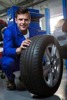 Mecánico neumático examinar