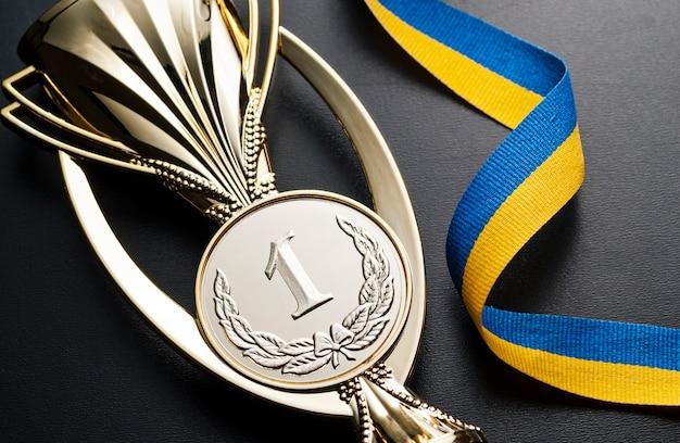 Medalla de oro para una competencia.