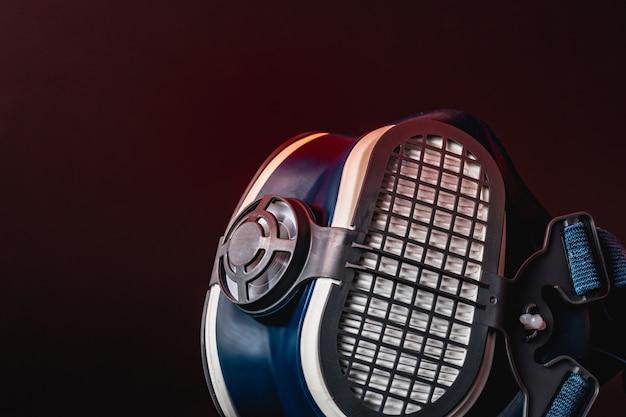 Media máscara del respirador para uso multiusos de cerca