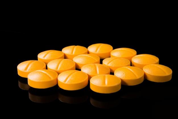 Medicamentos en negro