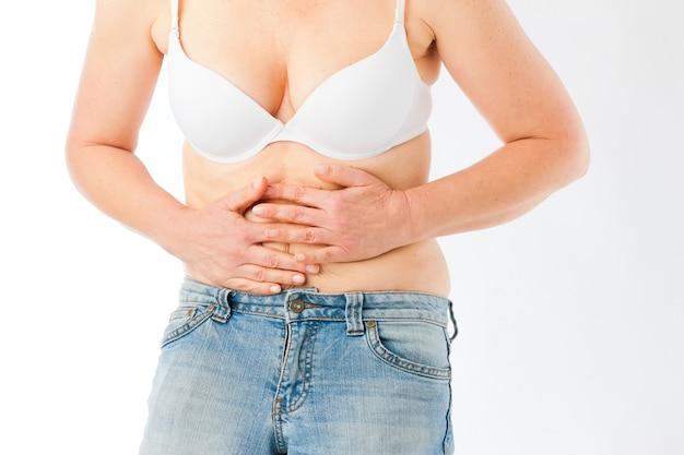 Medicina y enfermedad: dolor de estómago o calambres abdominales