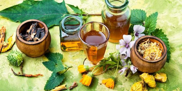Medicina herbaria naturista