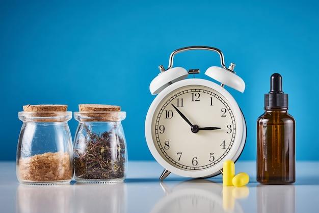 Medicina herbaria para tratar la depresión y el concepto de insomnio.