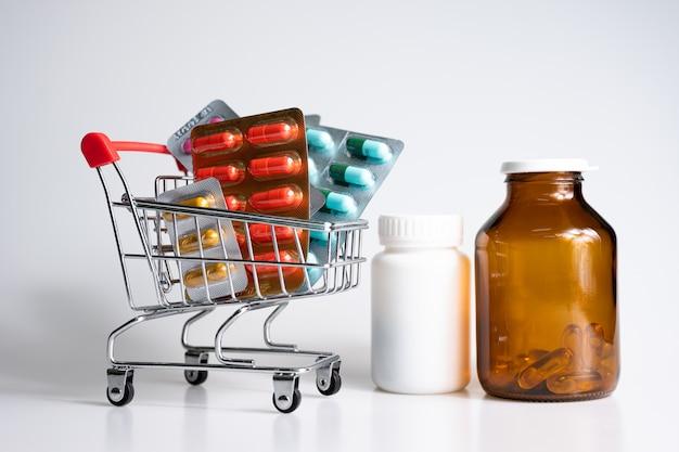 Medicina y suplementos en carrito