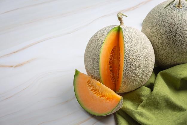 Melón japonés o melón, melón, fruta de temporada, concepto de salud.