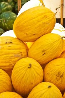 Melones amarillos para la venta