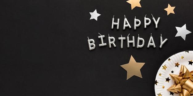 Mensaje de feliz cumpleaños con espacio de copia