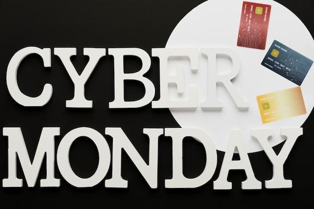 Mensaje de lunes cibernético con tarjetas