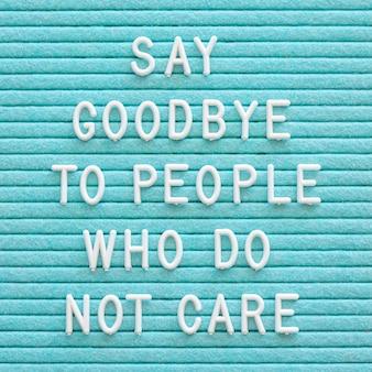 Mensaje motivacional sobre fondo azul