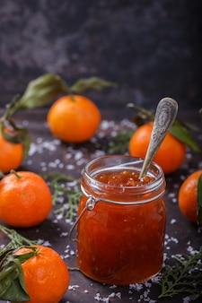 Mermelada de mandarina postre tradicional en navidad