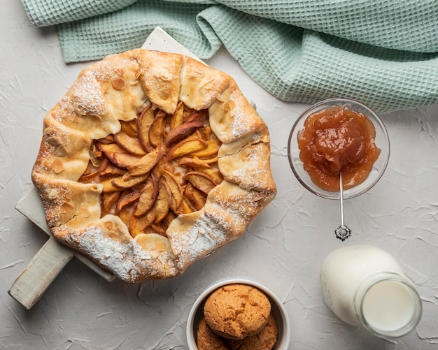 Mermelada y tarta de manzana casera