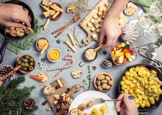 Mesa de cena de navidad