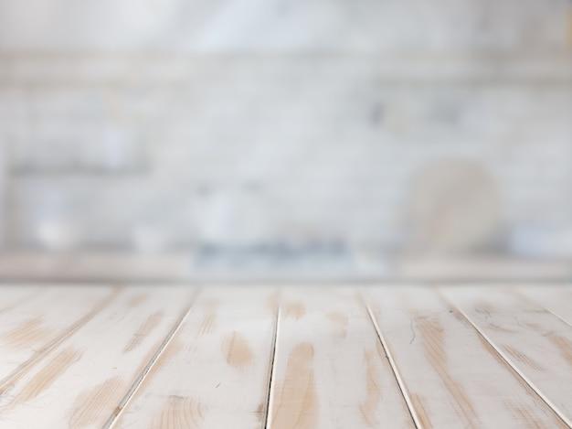 Mesa de cocina blanca vacía para presentación del producto