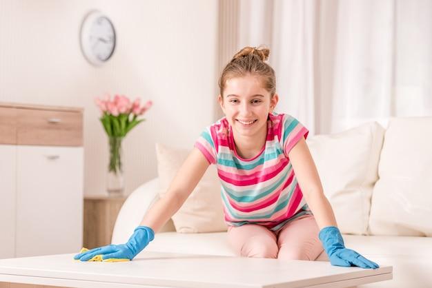 Mesa fregadora chica limpia