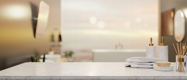 Mesa de mármol con artículos de tocador y espacio de maqueta sobre el baño de elegancia borrosa representación 3d