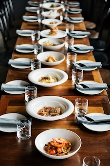 Mesa reservada en un restaurante