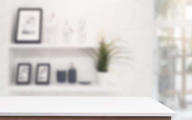 Mesa superior blanca con salón de desenfoque