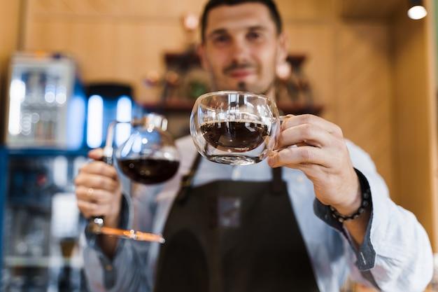 Método alternativo de sifón para hacer café