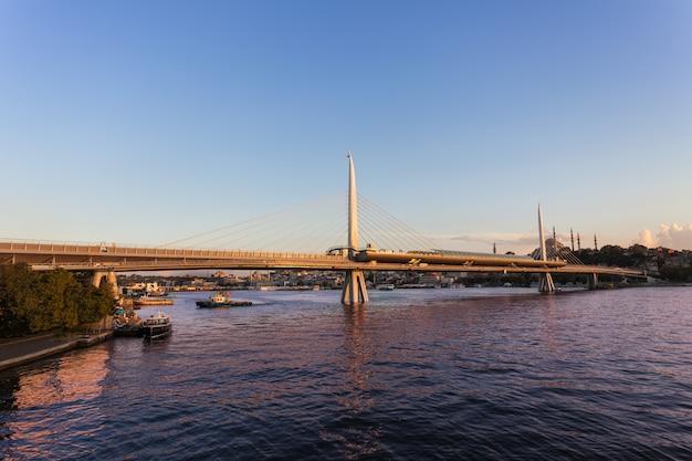 Metro puente, estambul