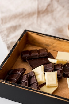 Mezcla de diferentes tabletas de chocolate