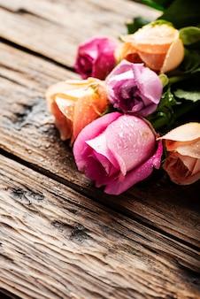 Mezcla de rosas rosadas