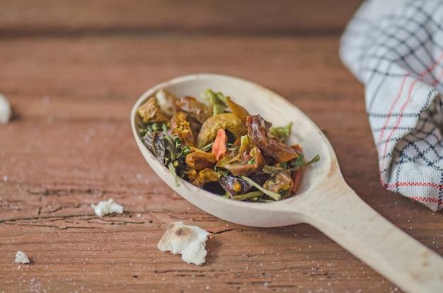 Mezcla de verduras secas