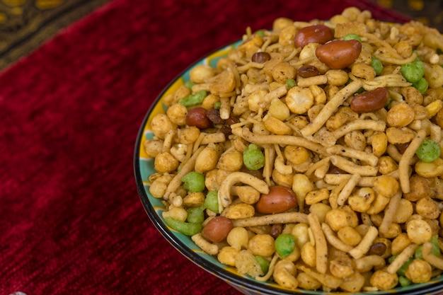 Mezclar comida namkeen