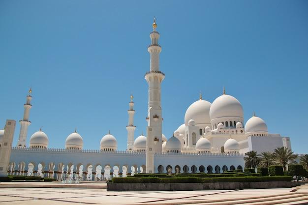 Mezquita sheikh zayed bin sultan al nahyan en abu dhabi