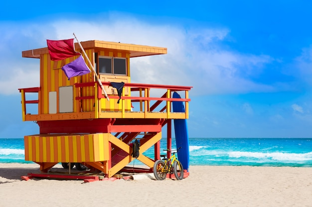 Miami beach baywatch tower playa del sur de florida