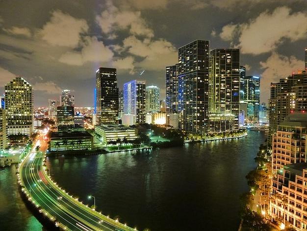 Miami florida horizonte nubes de noche