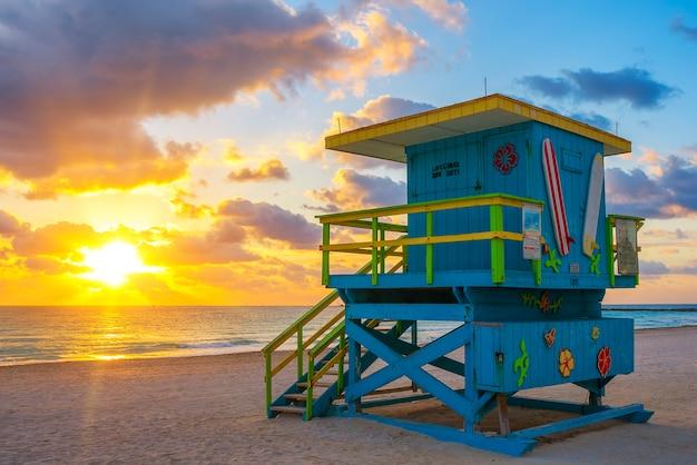 Miami south beach al amanecer, estados unidos