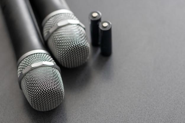 Micrófonos de radio. sistema de transmisión de sonido inalámbrico.