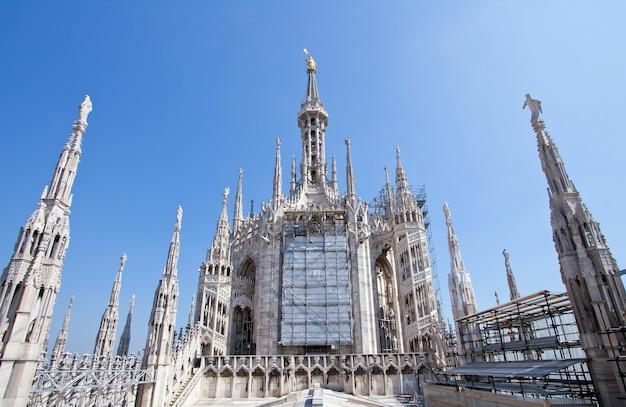 Milán duomo italia