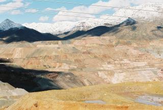 Mina de cobre de colores, el paisaje