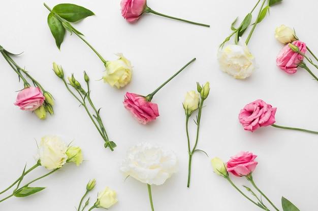 Mini arreglo de rosas planas
