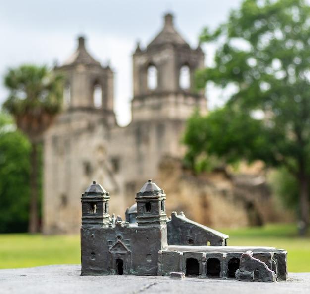 Miniatura en el parque nacional misión concepción en san antonio, texas