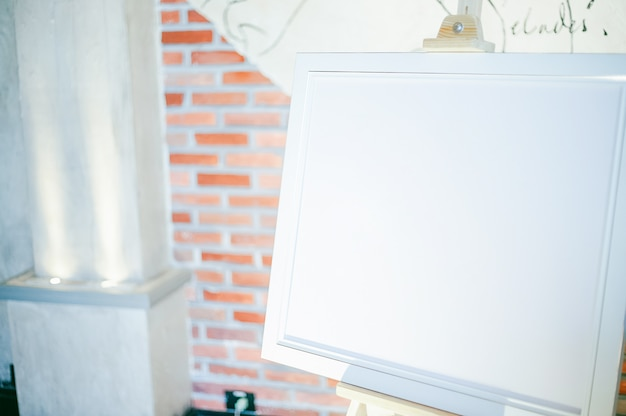 Mock up frame en blanco
