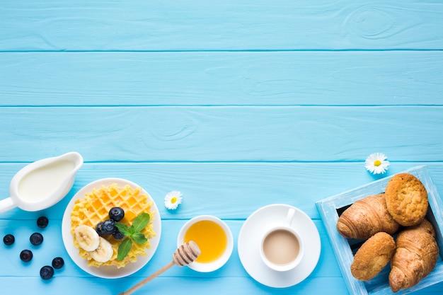 Mockup flat lay de mesa de desayuno con copyspace